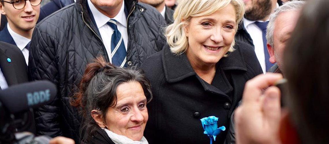 รู้จักสองตัวเต็งชิงเก้าอี้ประธานาธิบดีฝรั่งเศส : นักการเมืองหญิง 'เลอเพน' vs นักการเมืองหนุ่ม 'มาครง'