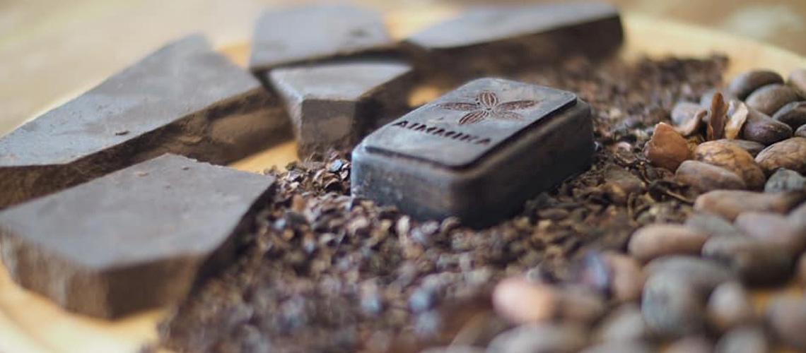 Aimmika Chocolate : การเกิดใหม่ของ 'โกโก้ไทย' ในวันที่ช็อกโกแลตอาจหายไปในอีก 40 ปี