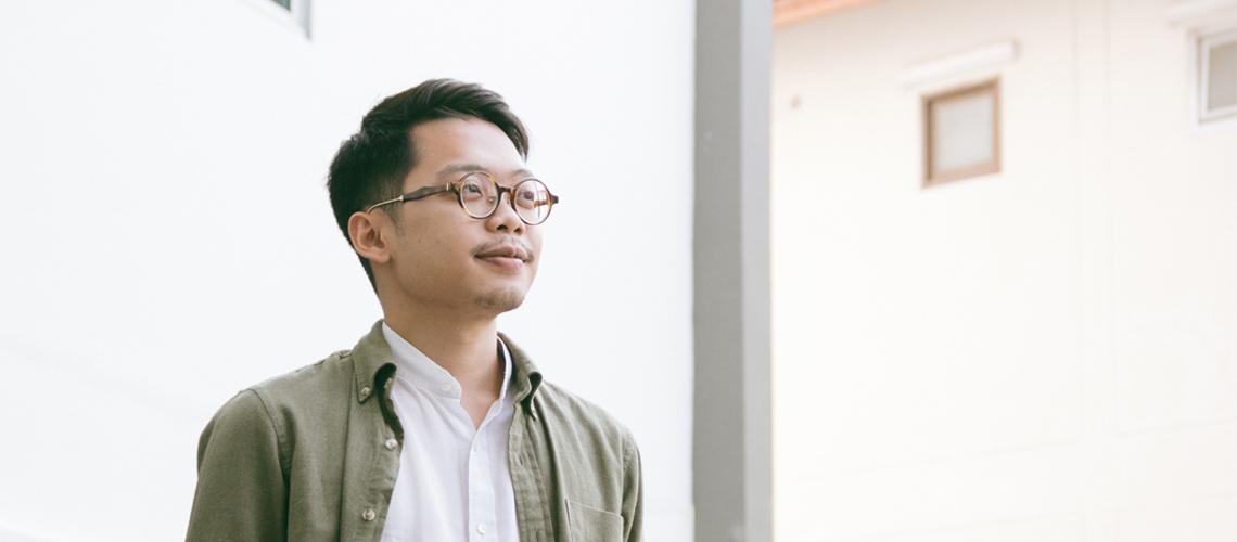 พิริยะ กุลกาญจนาชีวิน แห่ง Glow Story คนขี้เล่าที่ชอบช่วยคนเล่าเรื่องเพื่อเขยื้อนสังคม