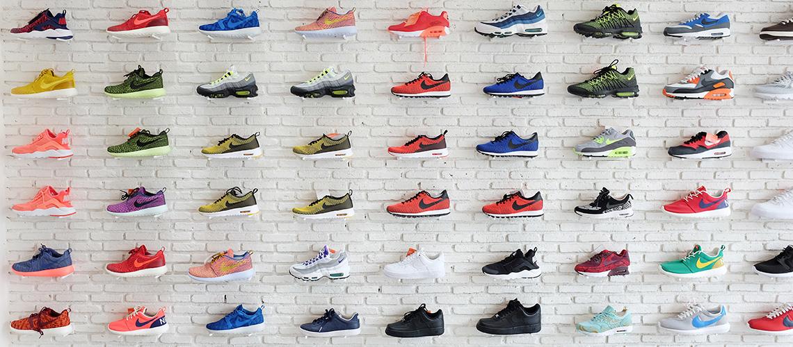 Carnival : ร้านรองเท้าผ้าใบสุดเอ็กซ์คลูซีฟของเมืองไทย