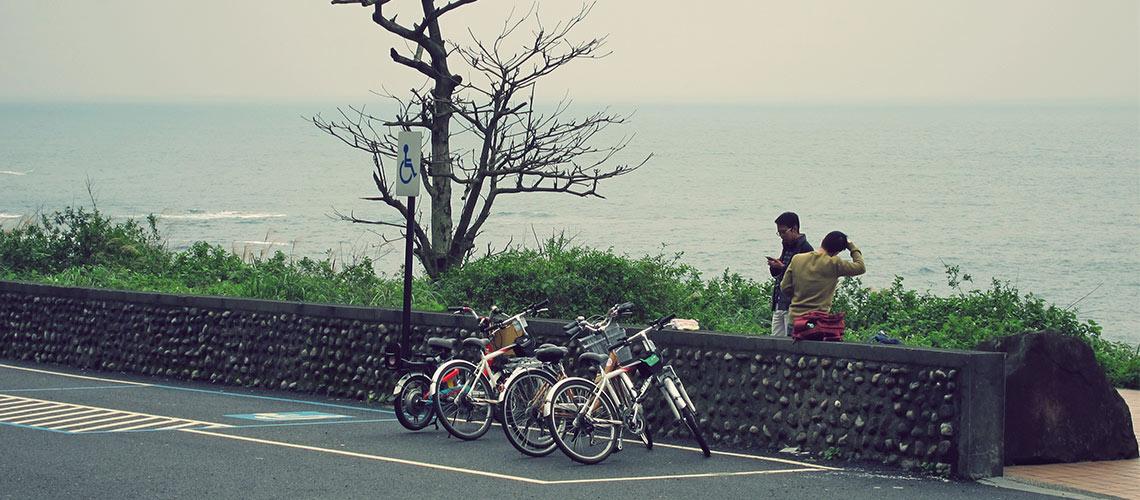 ปั่นจักรยานผ่านอุโมงค์รถไฟเก่ายาว 2 กิโลเมตรสู่ชายฝั่งแปซิฟิกในไต้หวัน