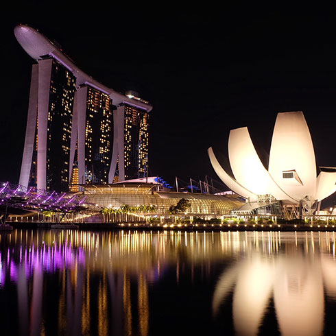 FALL IN LOVE WITH SINGAPORE
