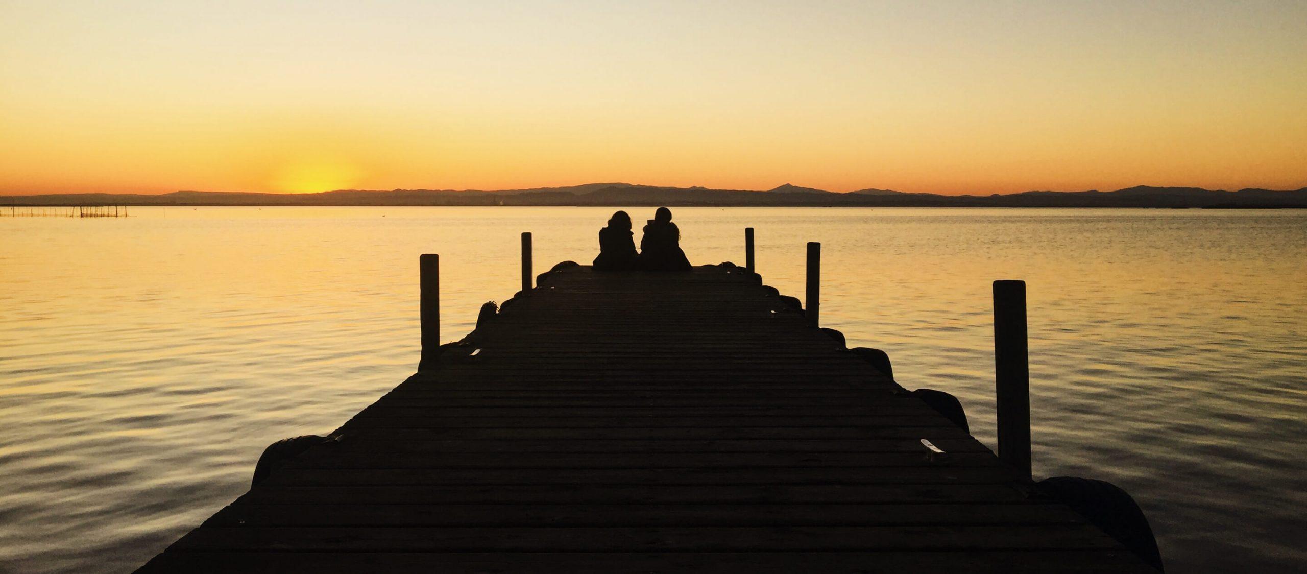 ดูพระอาทิตย์ตกที่ Albufera ทะเลสาบที่เปลี่ยนสีตามแสงอาทิตย์ในทุกๆ วัน