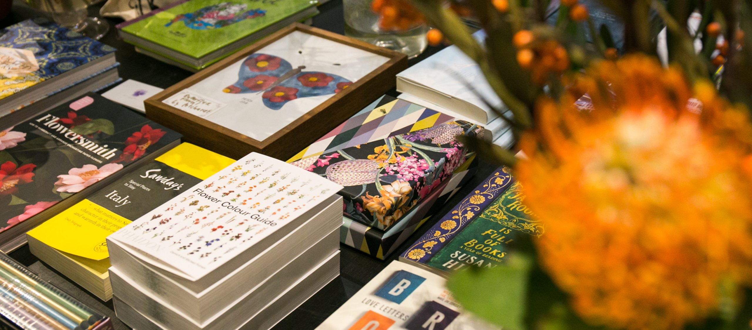 Crafted by Ploy เมื่อ พลอย จริยะเวช เปลี่ยน The Papersmith เป็นร้านหนังสือในฝัน