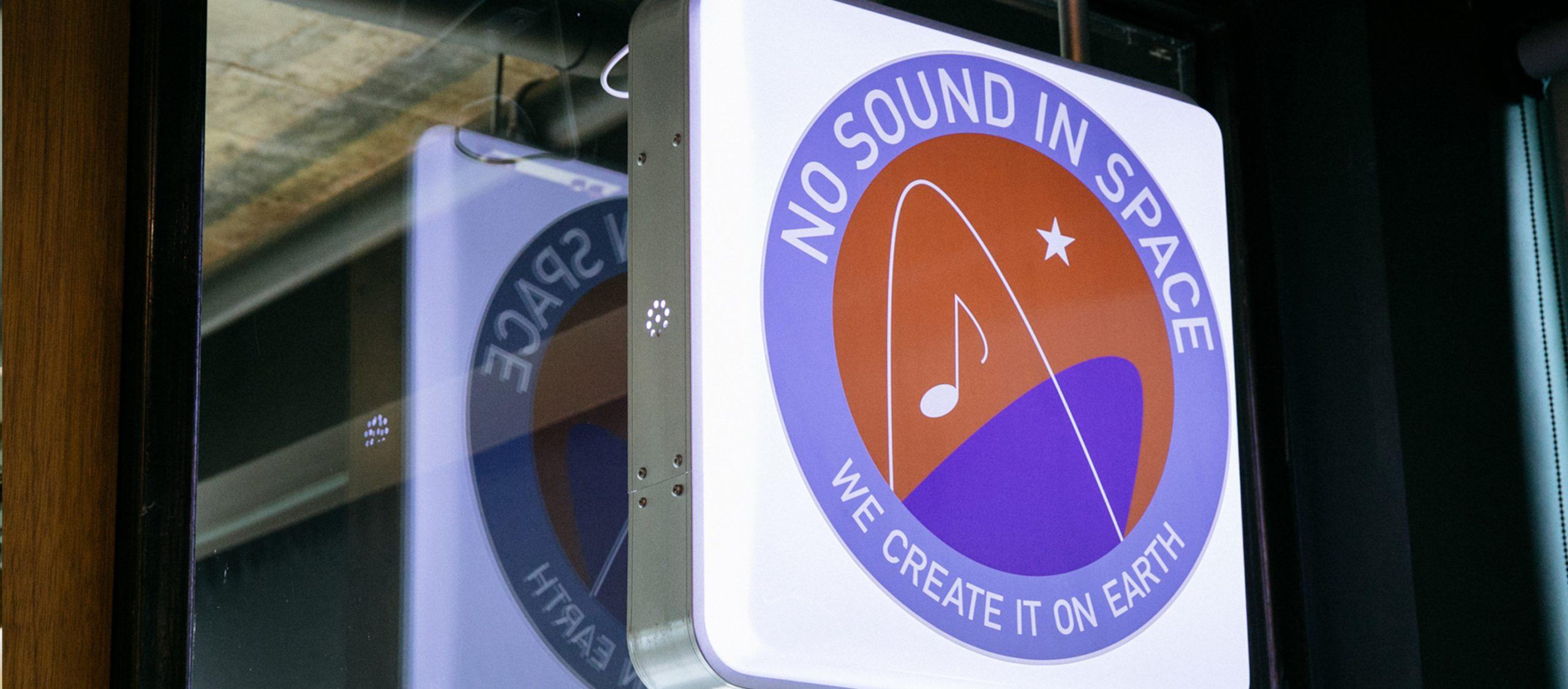 NO SOUND IN SPACE สตูดิโอทำเพลง ความสุขที่ดีไซน์เองของตั้ม โมโนโทน