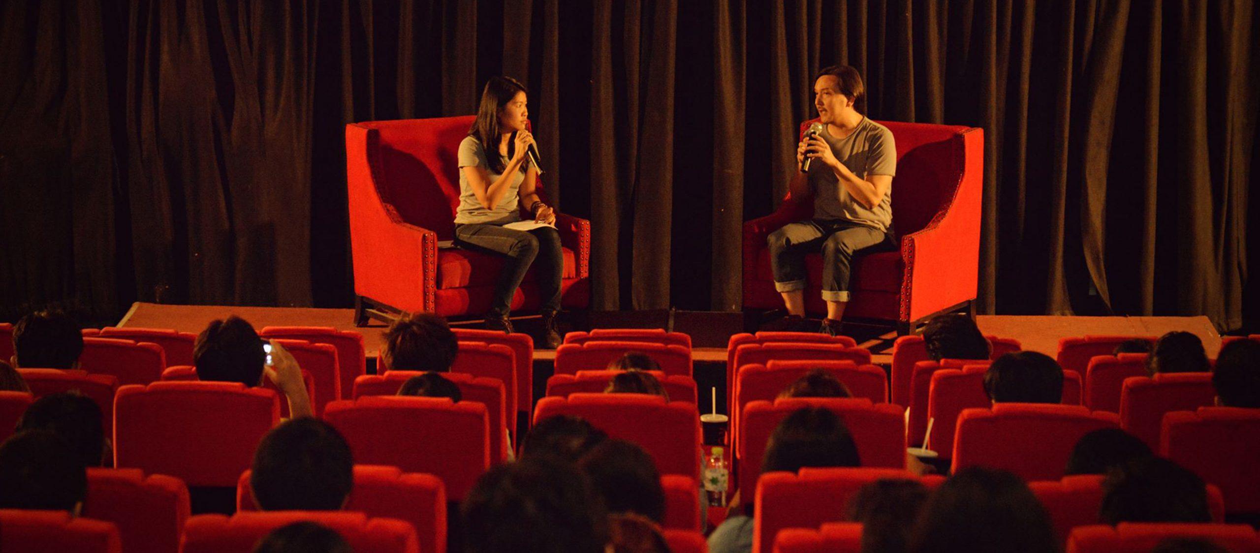 ชลัท Homeflick : ชายหนุ่มผู้กลับบ้านมาทำห้องฉายหนังเพื่อชวนคนรักหนังในโคราชมารวมกัน