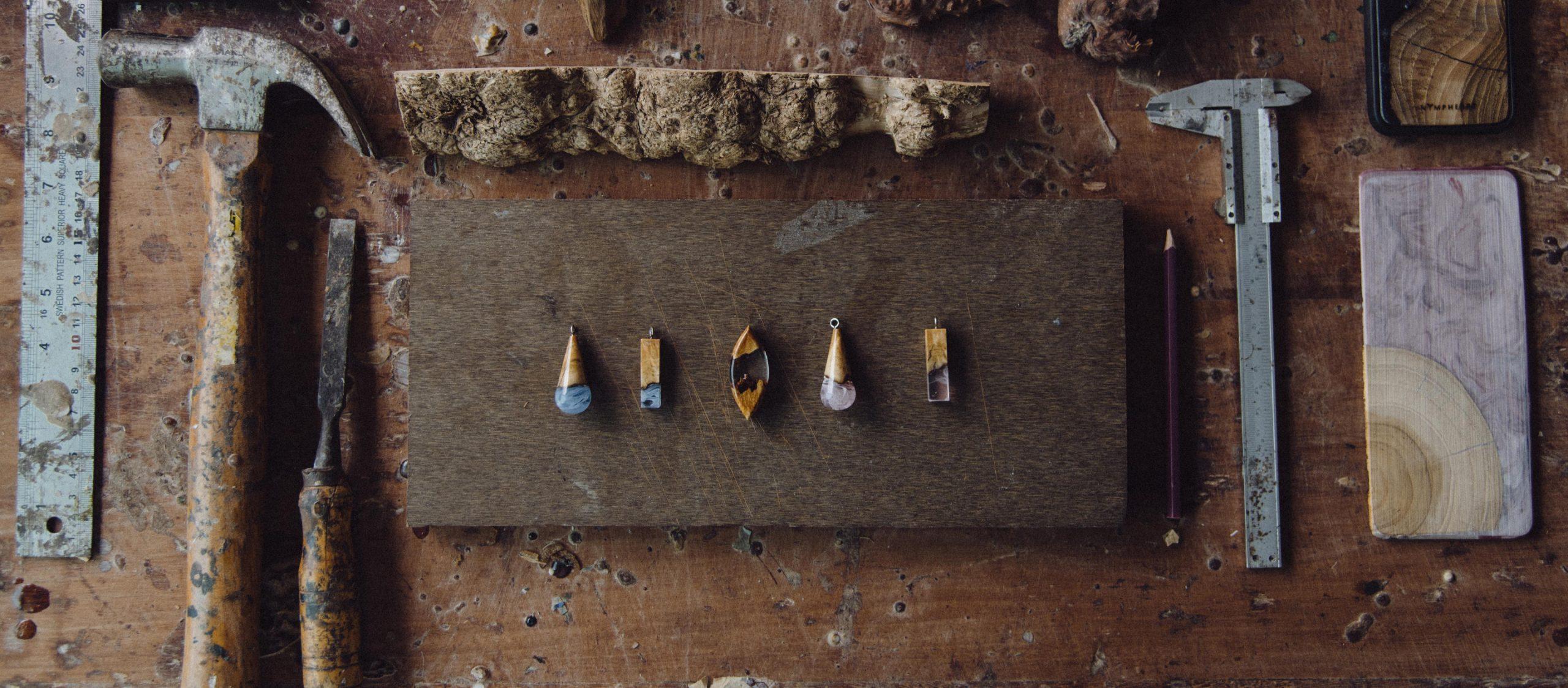 Nympheart แบรนด์จิวเวลรีที่เปลี่ยนเศษไม้เหลือใช้เป็นเครื่องประดับที่มีชิ้นเดียวในโลก