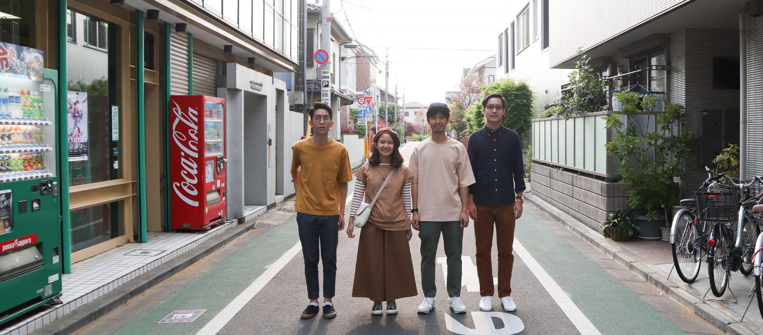 'หยิบแฮมเป็นแผ่นที่หก' แล้วตามไปทัวร์คอนเสิร์ตครั้งแรกที่โตเกียวกับ Plastic Plastic
