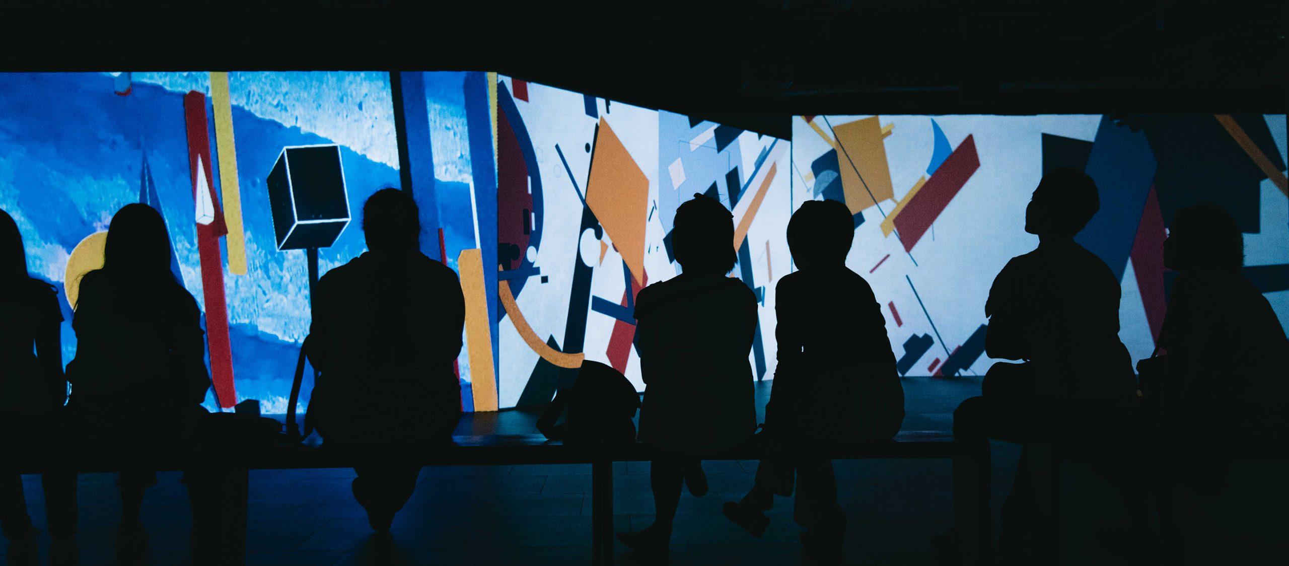 a day experience : From Monet to Kandinsky เบื้องหลังงานศิลปะระดับโลก และวาดรูปบนรูฟท็อปกับโอ๊ต–มณเฑียร
