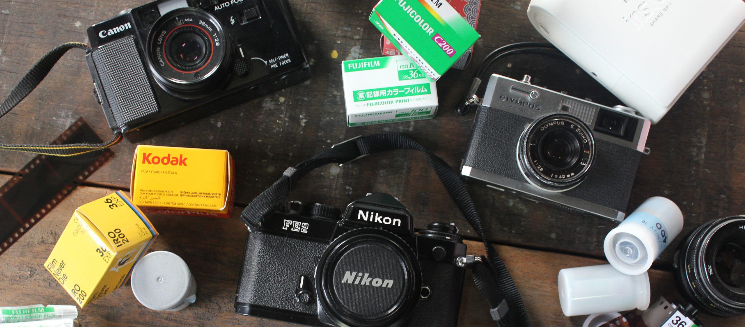 จากเซเลบเมืองนอกถึงฟิลเตอร์ IG ทำไมกล้องฟิล์มและรูปเกรนๆ ถึงบูมสุดๆ ในปีนี้