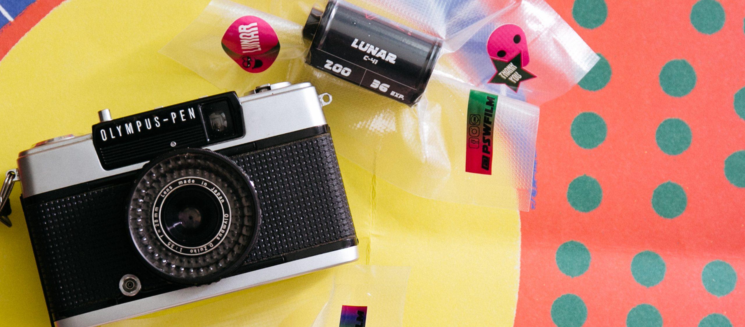 จับสายรุ้งมาไว้ในกล้องฟิล์ม P/s/w ฟิล์มทำเองที่ยอดพรีออร์เดอร์ทะลุ 200 ม้วนในหนึ่งนาที