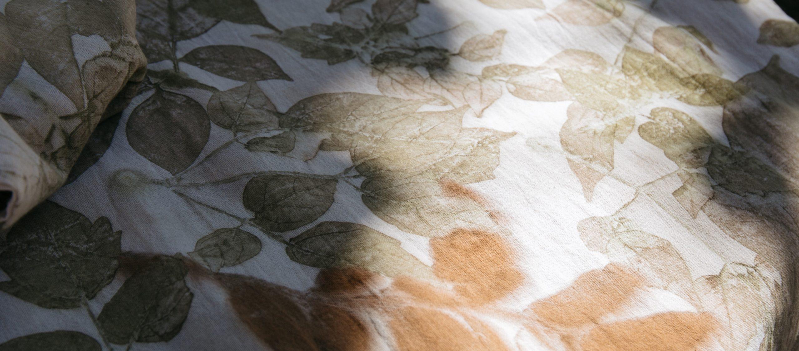 OUKE แบรนด์เสื้อผ้าจากเชียงใหม่ที่หยิบใบไม้และดอกไม้มาวาดลวดลายสุดคัลเลอร์ฟูล