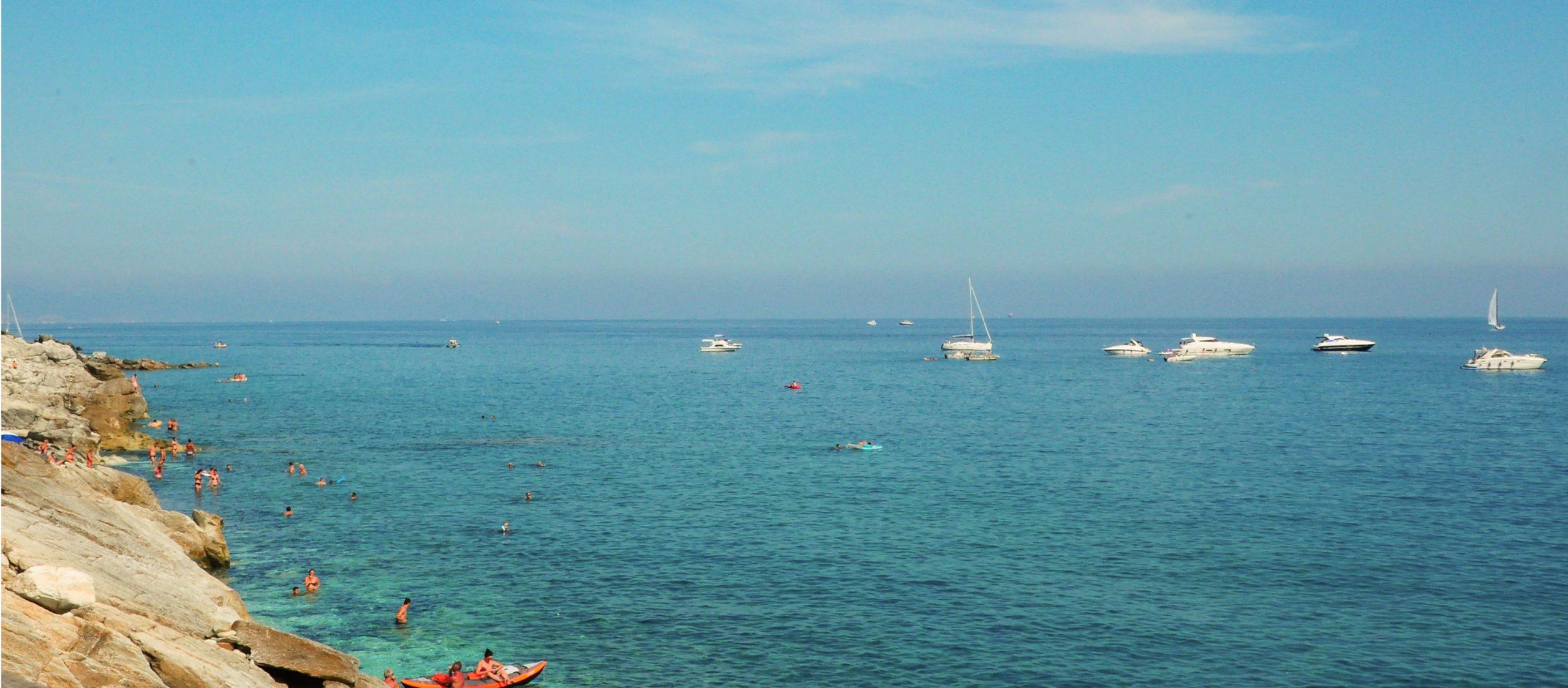 Liguria แคว้นริมหาดในอิตาลีที่สอนให้รู้ว่า ไม่ว่าจะเกิดอะไรขึ้นก็ตาม ชีวิตย่อมไปต่อ