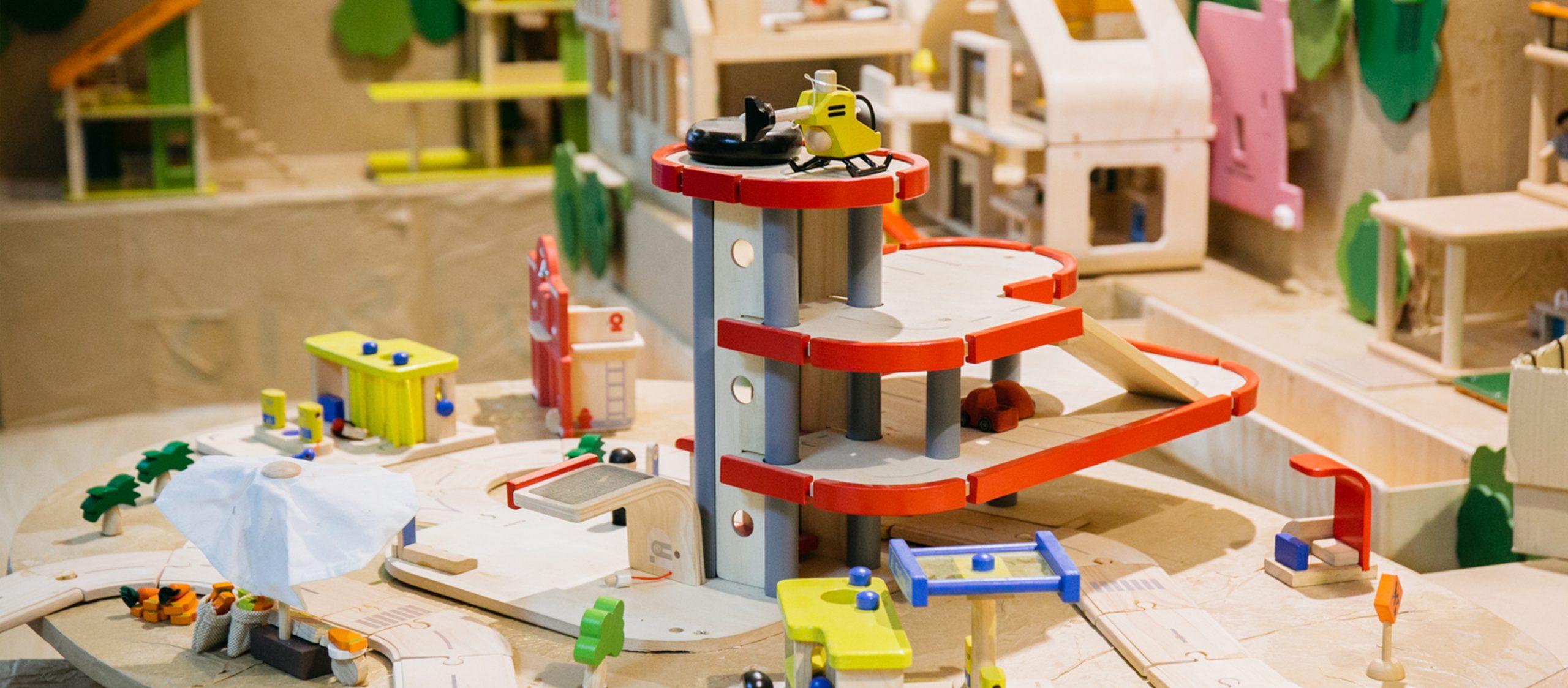 PlanToys บริษัทที่เชื่อว่าของเล่นที่ทำให้เด็กมีความสุข คนทำก็ต้องมีความสุข