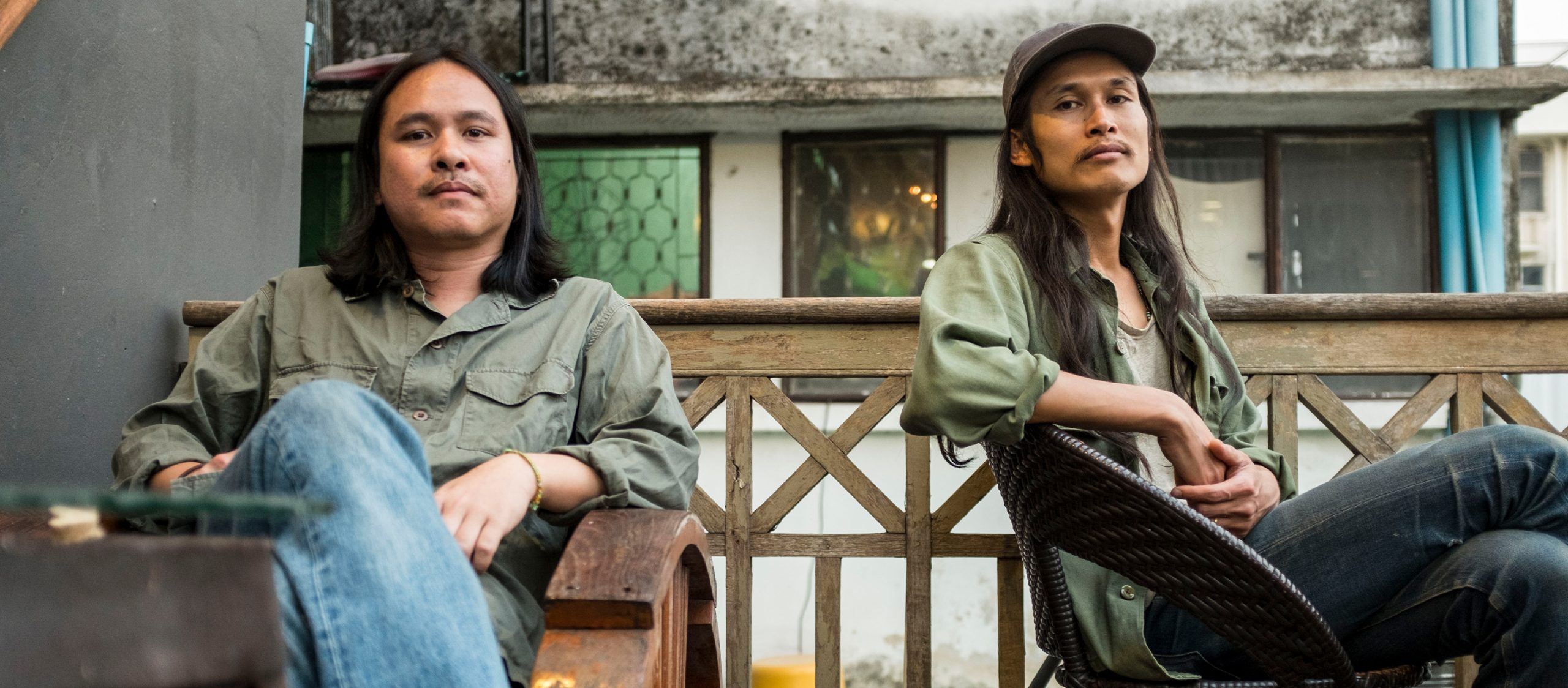 16 ฝนแห่งความฝันที่มากกว่าฝันของวงดนตรีโฟล์กชื่อ Selina and Sirinya