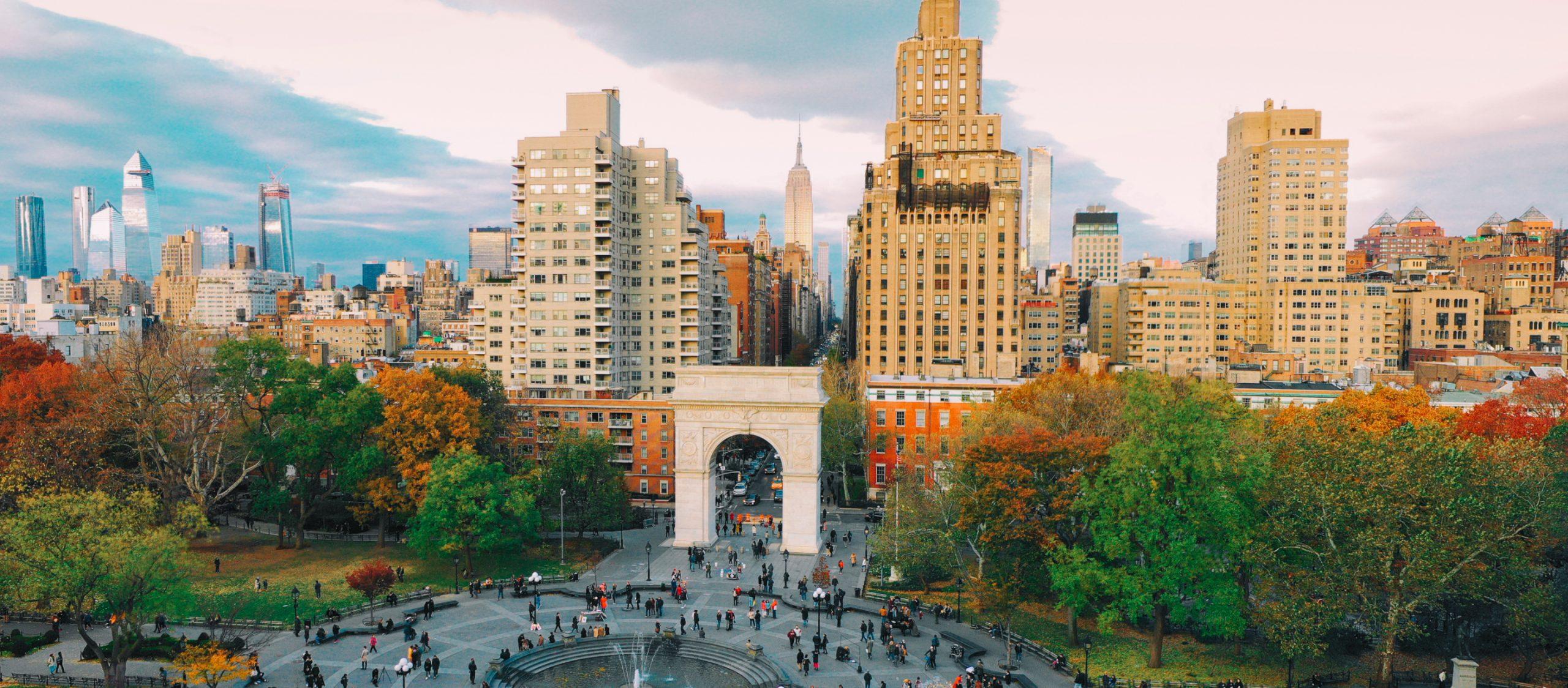 Washington Square Park แม้ไม่เคร่งขรึมตามฉบับพื้นที่อนุสาวรีย์ แต่นี่คือสิ่งที่พื้นที่สาธารณะควรเป็น