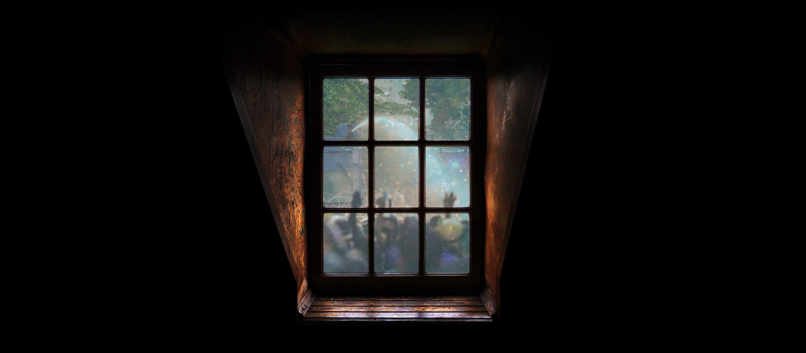 ยิ่งหน้าต่างถูกเปิดมากเท่าไร เรายิ่งรู้ร้อนรู้หนาวมากเท่านั้น   จิรเดช โอภาสพันธ์วงศ์
