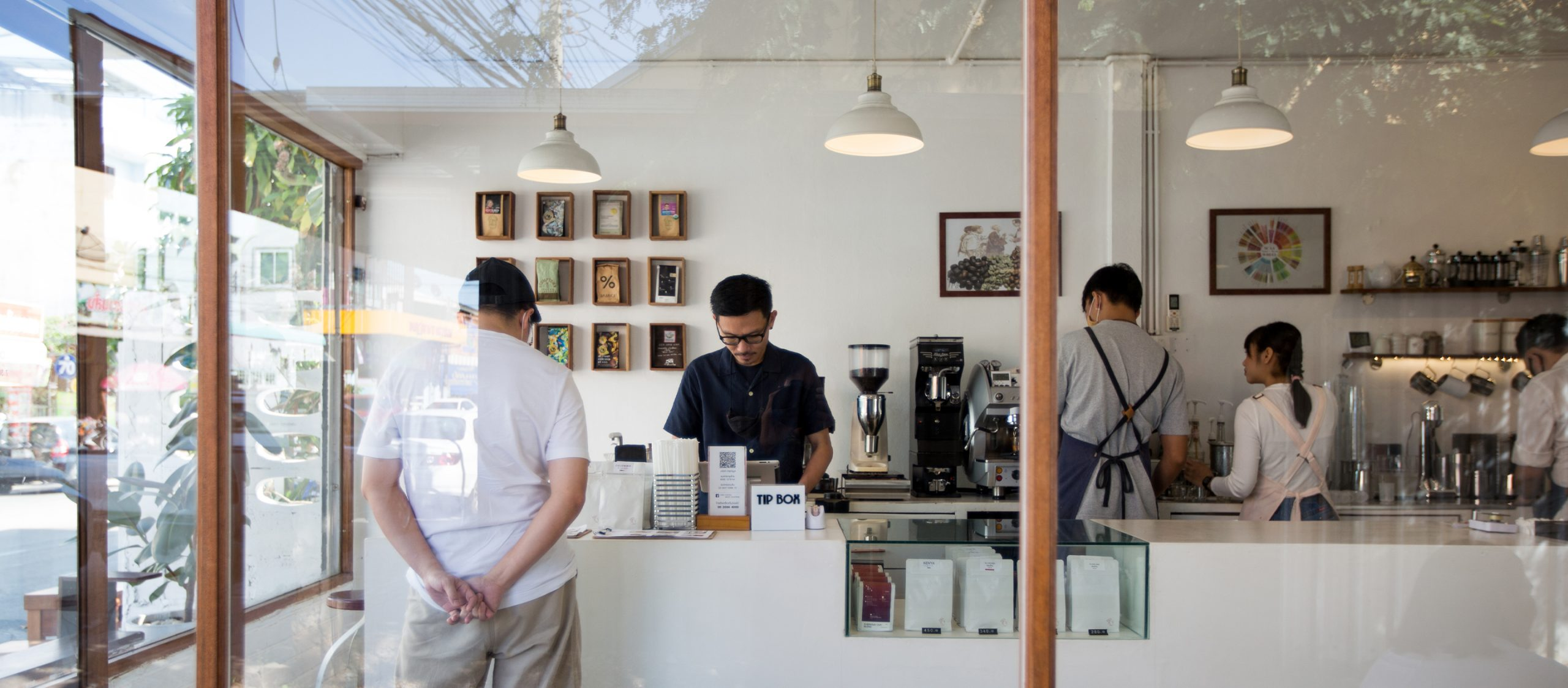 Anna Coffee Micro Roasters ร้านกาแฟที่เกิดจากความรักของผู้บ่าวเชียงใหม่และผู้สาวอุบลฯ