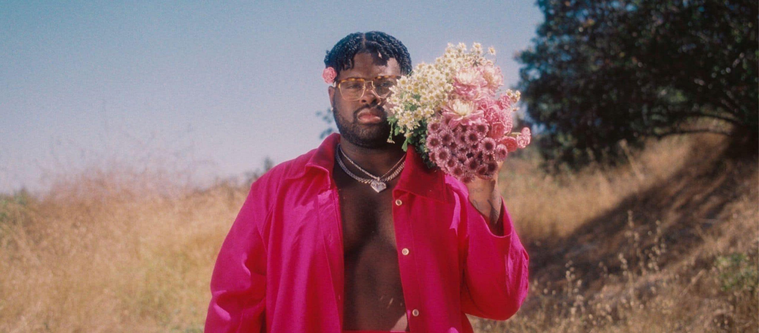"""""""การได้รักและถูกรักมันโคตรสำคัญ"""" Pink Sweat$ ศิลปินที่ทำเพลงรักติดท็อปชาร์ตตั้งแต่อัลบั้มแรก"""