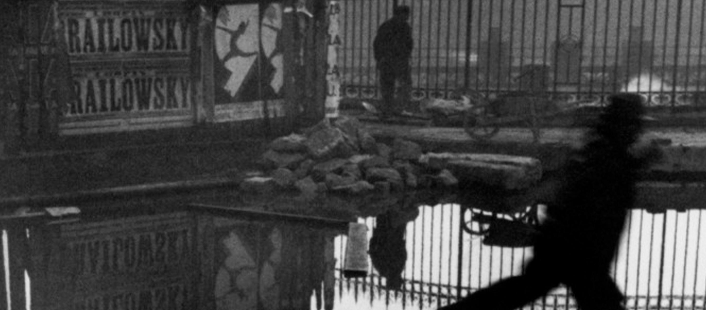 One Pic EP.02 ภาพถ่ายสตรีทหยุดเวลาที่เกิดขึ้นจากความบังเอิญของ Henri Cartier-Bresson I
