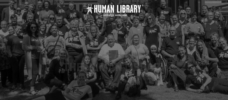 อย่าตัดสินหนังสือจากปก Human Library โปรเจกต์ชวนอ่านมนุษย์เพื่อสร้างความเข้าใจกันและกัน