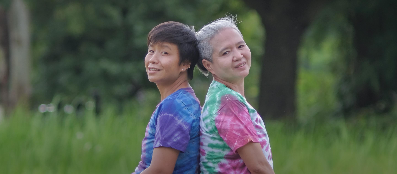 """""""เราเสียใจที่กฎหมายใช้ไม่ได้กับทุกคน"""" : คู่รัก LGBTQ+ ที่ต่อสู้เพื่อสมรสเท่าเทียม"""